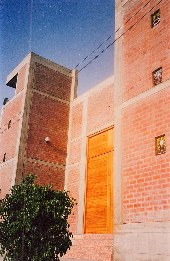 –  Iglesia Ica  –